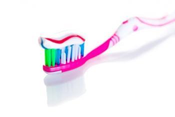 6 Astuces  avec du ... Dentifrice.